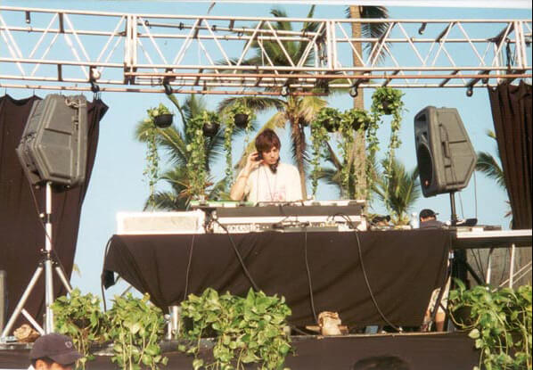 Ben Annand at Aca World Sound Fesival 2000